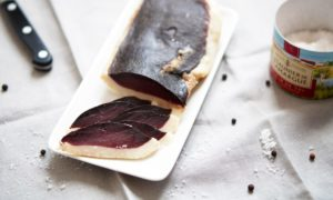 recette-magret-seche-canard-pretty-chef-01-1000x600