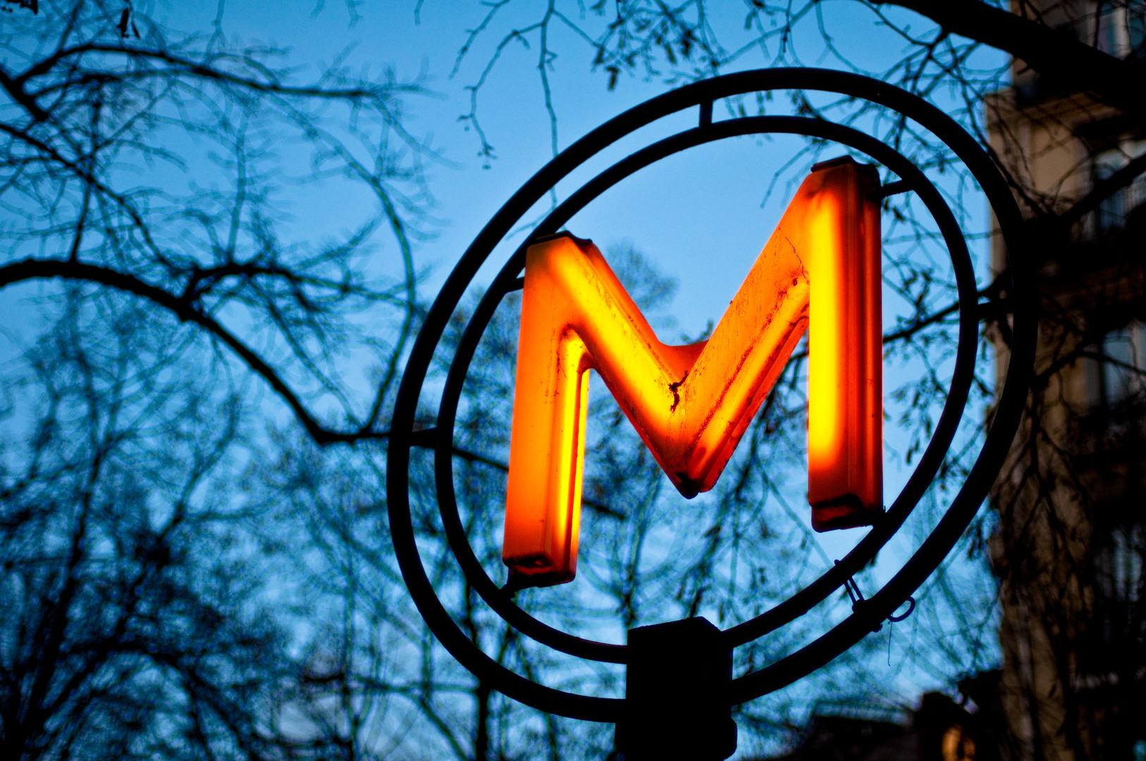 -M-_Convention_Metro_Paris