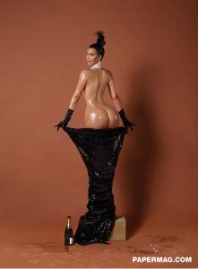 Kim-Kardashian-en-Une-de-Paper-novembre-2014_exact1024x768_p